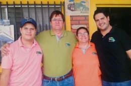 Elena, Pancho, Moises y Camilo